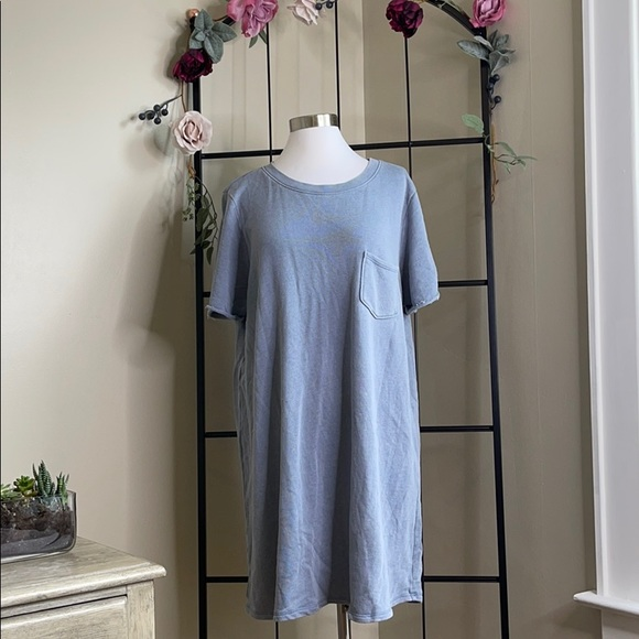 American eagle outfitter t-shirt dress